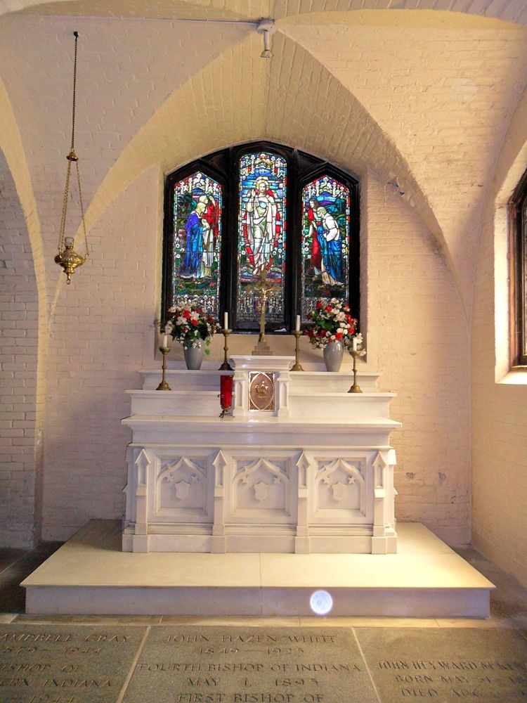The crypt altar and window below the Mothers' Chapel.